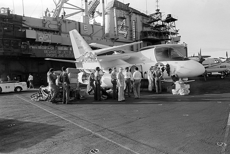 Uss Midway Cv 41 Deployments History: 6B Prowler (VAQ 136 / CVW 5 ...