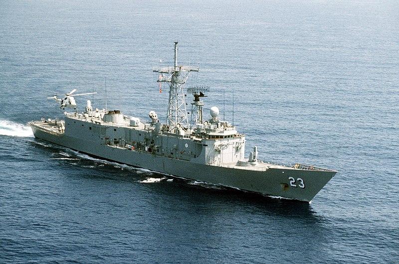 الميزان العسكري البحري بين اسرائيل و العرب. _حصري_ 800px-USS_Lewis_B_Puller_FFG-23