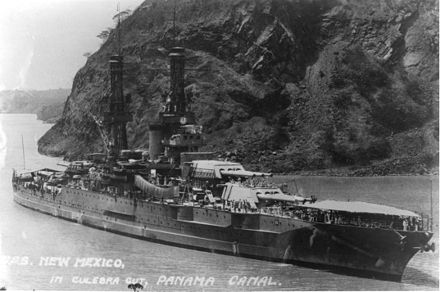 New Mexico passing through the Panama Canal USS New Mexico BB-40 Panama Canal 1935.jpg