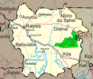 Kayes Region - Kayes Region. Unpaved roads are shown by dashed lines. The borders of the Boucle du Baoulé National Park are approximate.