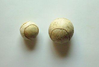 Basque pelota ball - Hand-pelota ball (right) in comparison with a valencian variation ball
