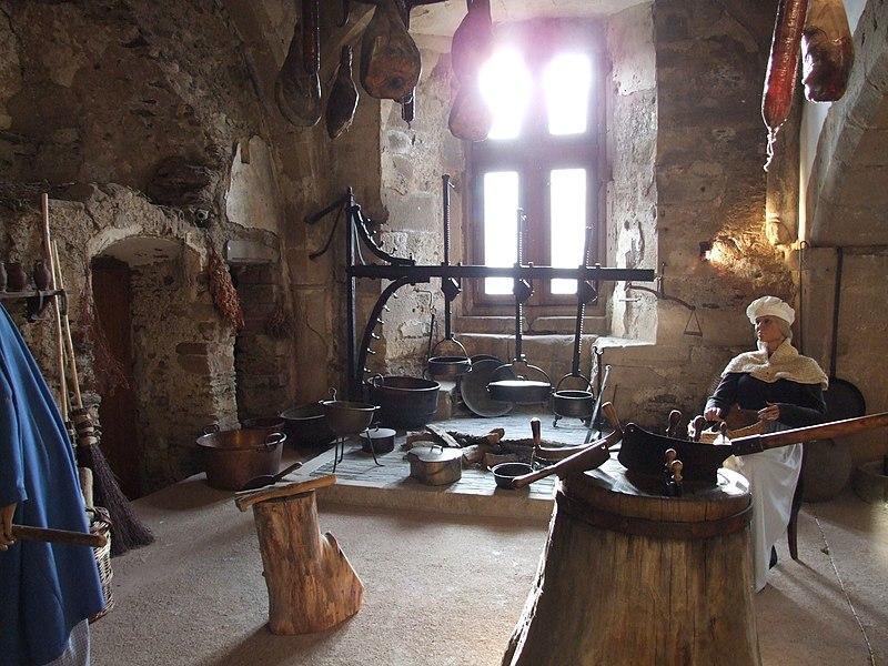 File:Vianden Castle - 11.jpg