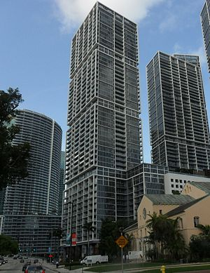 Icon Brickell - Viceroy Tower from Brickell Avenue looking north