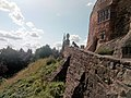 View of the mote on which Tamworth Castle stands and its surrounding walls.jpg