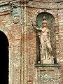 Villa di geggiano 07 statua.jpg