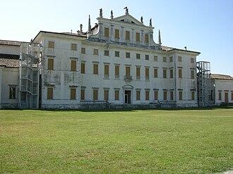 Villa Manin - The backyard