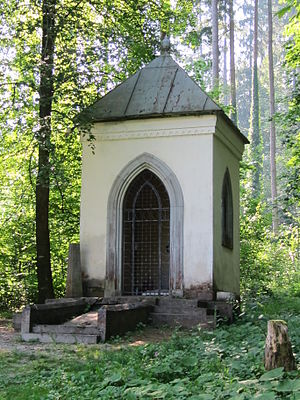 Ivan Tavčar - Tavčar's tomb at the Visoko estate