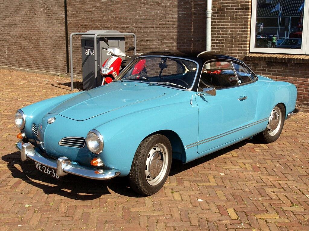 Volkswagen Type 2 >> File:Volkswagen Karmann GHIA 1500 (1968), Dutch licence ...