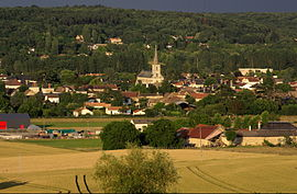 The church and surrounding buildings in Vouneuil-sur-Vienne