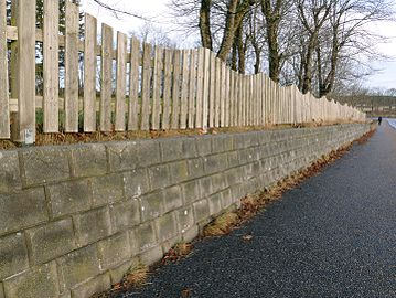 Wavy fence and a wall.jpg