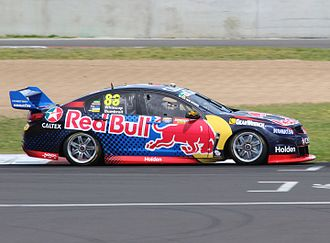 Holden Commodore (VF) - VF Commodore V8 Supercar, driven by Jamie Whincup during the 2016 Supercheap Auto Bathurst 1000