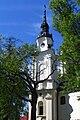 Wieża-z-zegarem-na-kościele.jpg
