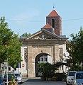 Wormser Tor und katholische Pfarrkirche St. Ludwig - panoramio.jpg