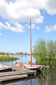 Zoetermeer Kreek met lelieschouw en vletten (02).JPG