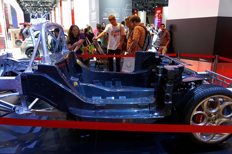 File:'13 - ITALIAN automotive engineering - Alfa Romeo 4C chassis - monocoque carbon fiber - aluminum platform DxO 13.jpg