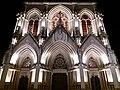 Église de la Rédemption - Façade de nuit.jpg