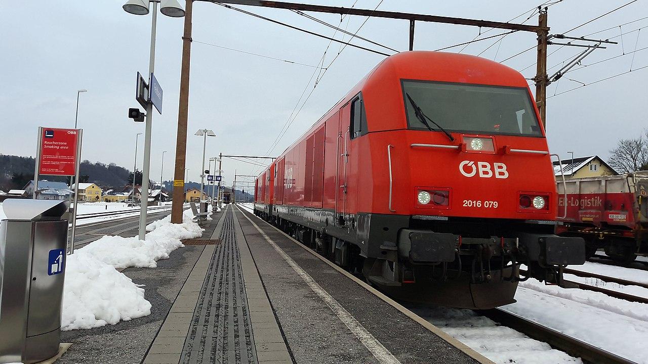 Fileöbb 2016 079 Und 093 Als Lokzug Richtung Graz Im Bahnhof