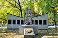 Братська могила воїнів радянської армії і пам'ятник воїнам- односельчанам, с. Олександрія,.jpg