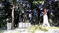 Більськ. Братська могила радянських воїнів, серед яких поховано Героя Радянського Союзу М.В.Шишкіна, центр.jpg