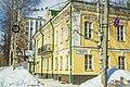 Дом на углу улиц орловской (быв. Коммунистической) и Казанской, где была открыта публичная библиотека.jpg