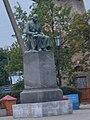 Пам'ятник письменнику М. В. Гоголю у Великих Сорочинцях.jpg