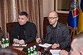 Яценюк і Аваков обговорили питання розвитку Національної гвардії 8191 (22578489391).jpg