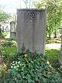 02-7-37-Grab-Franz-Hanfstaengl-Alter-Suedl-Friedhof-Muenchen.JPG