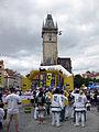 041 Cursa popular a la plaça de la Ciutat Vella, torre de l'Ajuntament.jpg