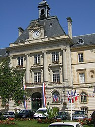 Façade of the Meaux city hall (built in 1900)