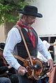 0 Joueur de vielle à roue à Saint-Jean-des-Ollières.JPG
