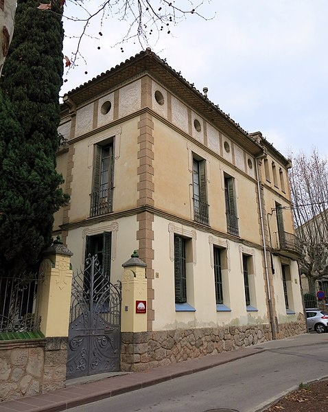 File 125 casa f lix fages fa ana passeig 9 la garriga jpg wikimedia commons - Casa la garriga ...