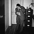1960 Mr Dumont au CNRZ Cliché jean Joseph weber-4.jpg