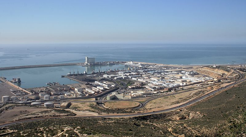 File:2010-12-14 Morocco Agadir container port.JPG