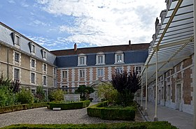 Image illustrative de l'article Lycée Jacques-Amyot d'Auxerre