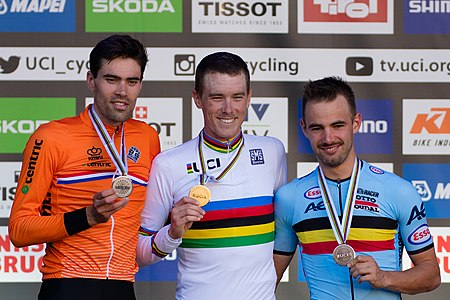 20180926 UCI Road World Championships Innsbruck Men's ITT Award Ceremony 850 9968.jpg