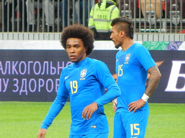 2018 Russia vs. Brazil - Willian and Paulinho.jpg