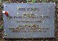 20200512155DR Dresden Neuer kath Friedhof Bombenopferhain.jpg