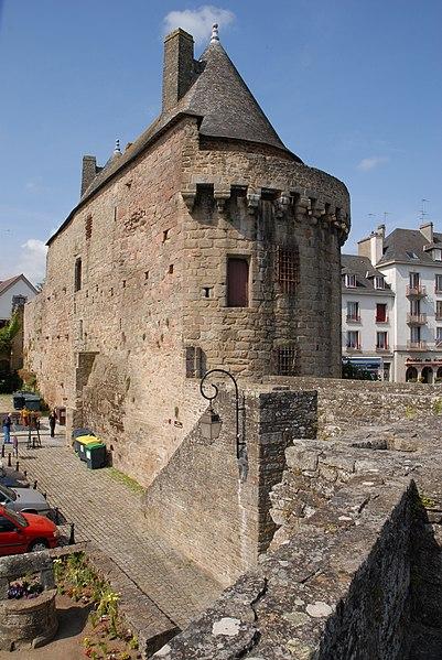 56700 Hennebont, France
