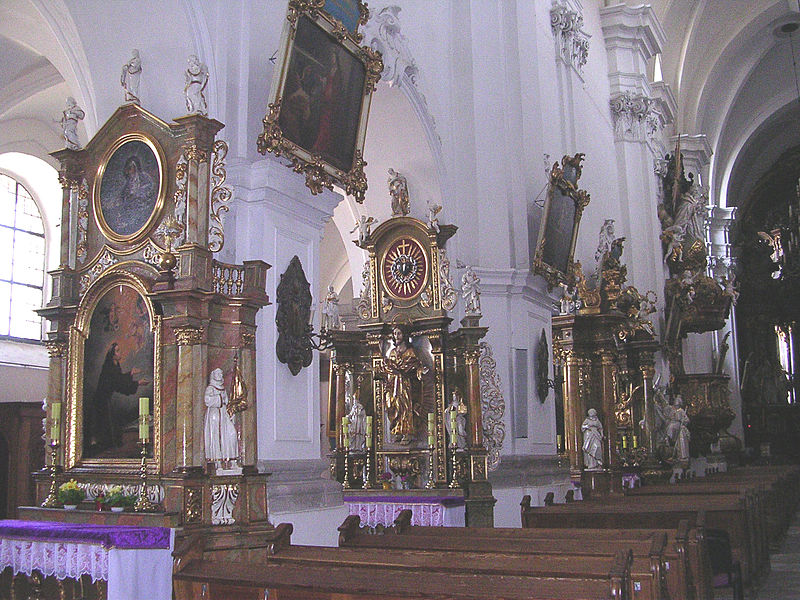 File:5949 Trzebnica, kościół śś. Bartłomieja i Jadwigi. Foto Barbara Maliszewska.JPG