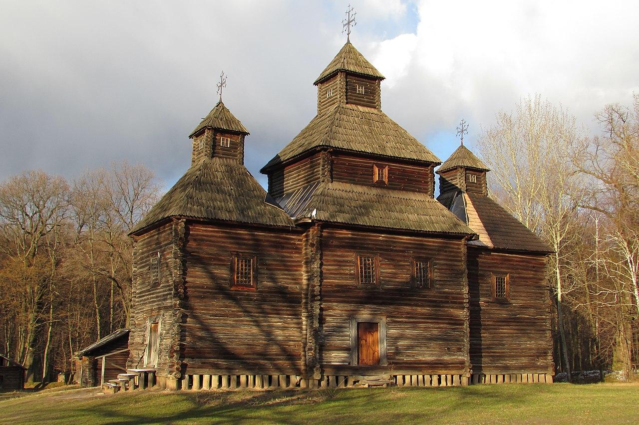 Дерев'яна церква з сели Кисоричі Рівненської області