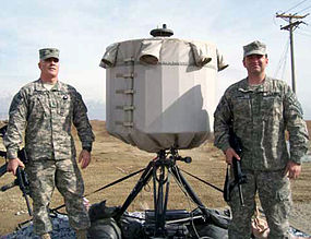 https://upload.wikimedia.org/wikipedia/commons/thumb/4/4d/AN_TPQ-48v2_Lightweight_Countermortar_Radar.jpg/285px-AN_TPQ-48v2_Lightweight_Countermortar_Radar.jpg