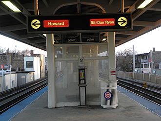 Addison station (CTA Red Line) - Addison station in 2010
