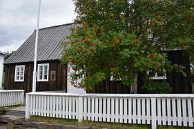 Akureyri views 01.jpg