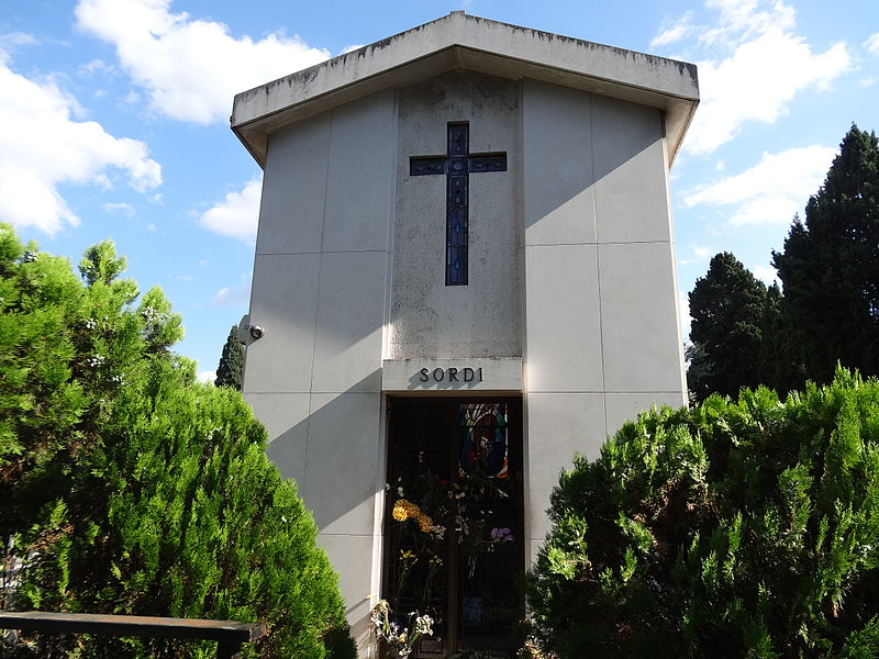 Alberto Sordi 's Tomb.JPG