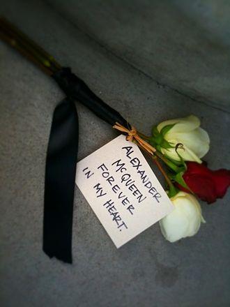 Alexander McQueen - A dedication by a fan at an Alexander McQueen store after McQueen's death
