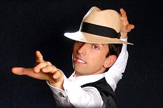 Alexis Arts Italian illusionist/escapologist/actor/dancer/creative director theatre