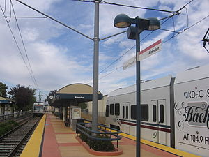 Almaden station - A VTA train at Almaden Station