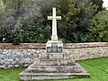 Amesbury - War Memorial - geograph.org.uk - 1459757.jpg