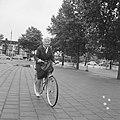 Amsterdamse Rijwiel Vierdaagse , mevrouw Buis van Willigen, Bestanddeelnr 918-0160.jpg