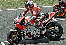 Dovizioso sulla griglia di partenza del Gran Premio di Catalogna del 2015.